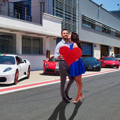 San Valentino Ferrari e Lamborghini - Regalo per LUI e LEI
